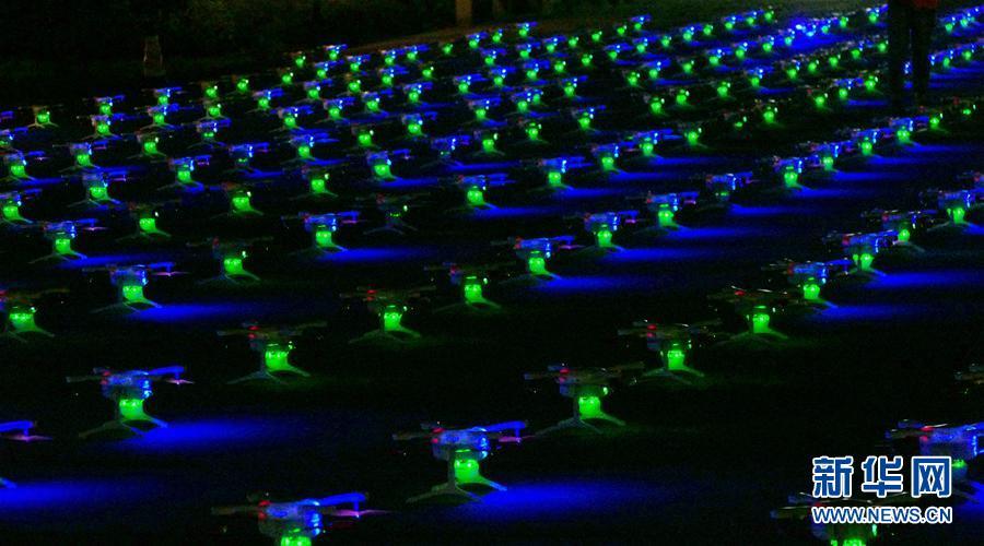 1000架微型無人機輝耀三星堆